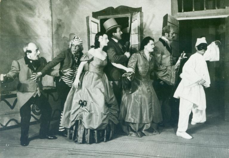Pulcinella in Siamo tutti fratelli, 1941.