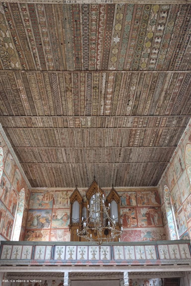 Małujowice. Kościół św. Jakuba Apostoła