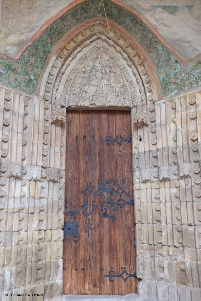 Małujowice. Kościół św, Jakuba Apostoła